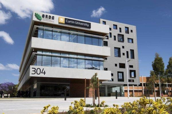 Stainless Steel Ducting – Curtin University